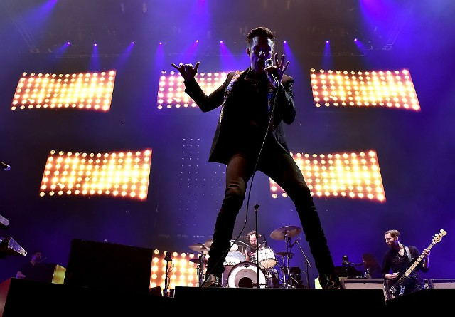 report-new-killers-album-release-date-new-single-the-man-1497014755