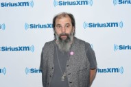 "Steve Earle Calls Noel Gallagher ""The Most Overrated Songwriter in the Whole History of Pop Music"""