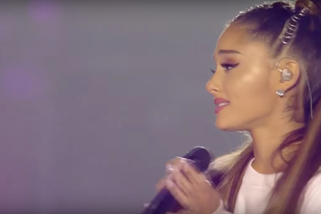 watch-ariana-grande-manchester-over-the-rainbow-my-everything-choir-video-1496671646
