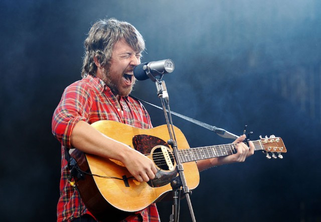 Watch Fleet Foxes Half Assedly Cover Phish Before Playing White Winter Hymnal Spin
