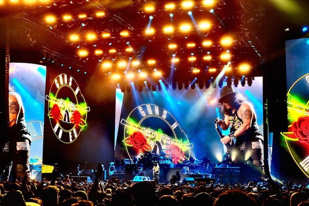 guns n roses expand fall tour spin. Black Bedroom Furniture Sets. Home Design Ideas