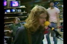 nirvana-1988-radio-shack-video-kurt-cobain-interview-1499263927