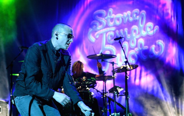 KOMP'S Totally Politically Correct Holiday Bash Featuring Stone Temple Pilots, P.O.D. And Sick Puppies