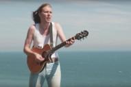 """Video: Alex Cameron – """"Runnin' Outta Luck"""""""