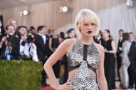 Taylor Swift Posts Second Snake Teaser
