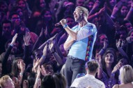 """Coldplay's Chris Martin Pays Tribute to Local Football Team: """"Ohhhh Redskins. Oh Redskins. Ohhh Redskins. Ohhhh."""""""