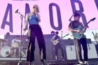 Watch Paramore Perform <i>After Laughter</i> Cuts on <i>Good Morning America</i>