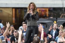 Shania Twain Performs On NBC's