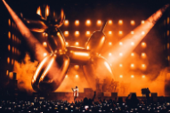 Jay-Z Is Performing In Front of a 40-Foot Jeff Koons Balloon Dog