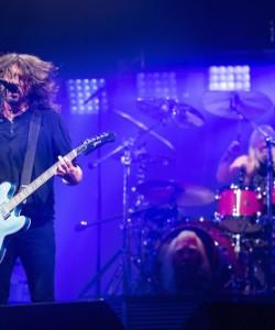 "Foo Fighters - ""The Sky Is a Neighborhood"""