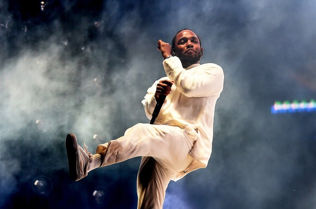 kendrick-lamar-performs-coachella-weekend-1-056-billboard-1548-1503635806