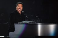 Lionel Richie Is Thinking About Not Attending the Kennedy Center Honors Ceremony Because of Trump