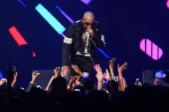 """R. Kelly Cancels Three Tour Dates Following """"Cult"""" Allegations"""