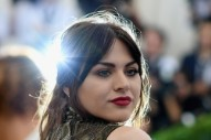 Frances Bean Cobain Reportedly Makes Over $100k a Month From Her Father's Estate