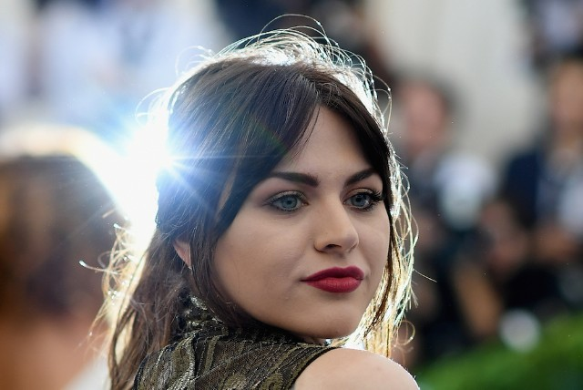 Kurt Cobain's daughter reportedly earns $140ka month from father's estate