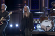 Watch Patti Smith Play &#8220;People Have the Power&#8221; With Her Kids and Questlove on <i>Fallon</i>