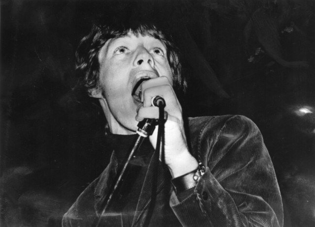 Young Jagger Sings