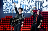 Green Day Announce Greatest Hits Collection Featuring Two New Songs
