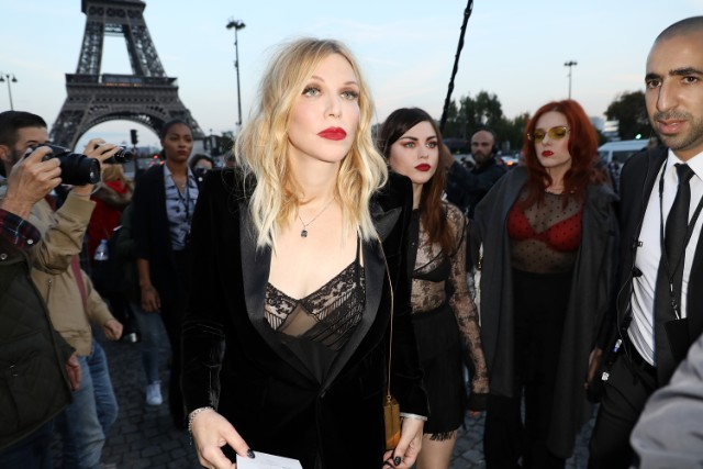Saint Laurent : Outside Arrivals - Paris Fashion Week Womenswear Spring/Summer 2018