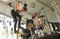 """Watch Japandroids Cover The Tragically Hip's """"Nautical Disaster"""" In Tribute to Gord Downie"""