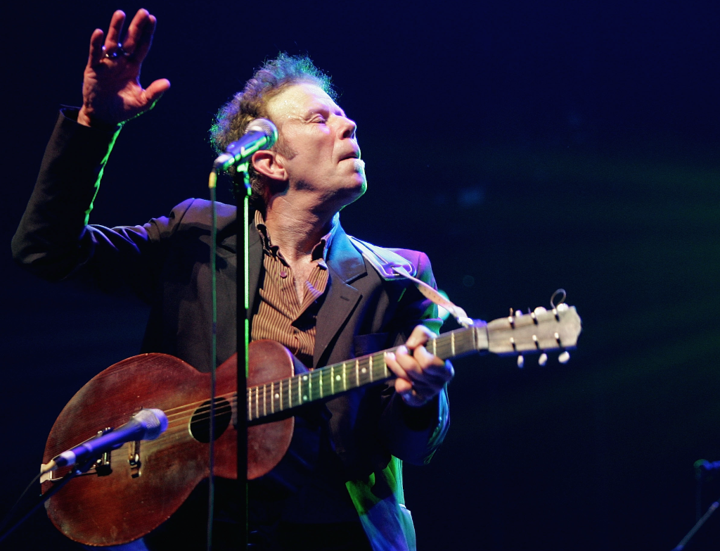 Listen To A Player Piano Version Of Tom Waits Innocent When You Dream