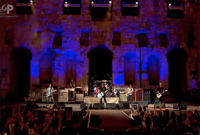 foo-fighters-acropolis-1508942662