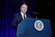<i>House of Cards</i> Suspends Production Following Kevin Spacey Sexual Assault Claim