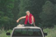 "Video: Porches – ""Country"""