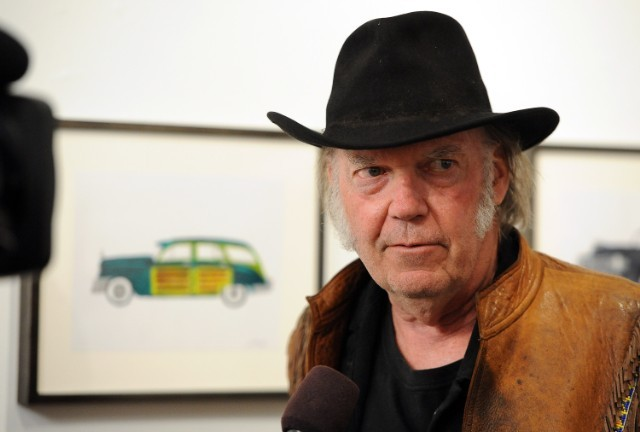Neil Young Is Selling His Massive Model Train Collection | SPIN