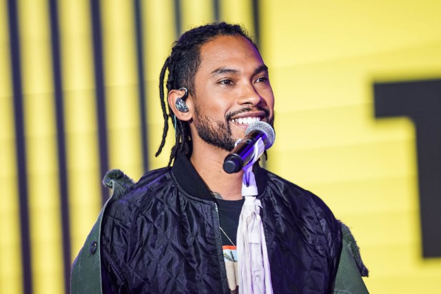 MTV TRL Presents Dave East, Joe Kery, Anthony Ramos and Miguel November 29, 2017
