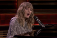 Taylor Swift&#8217;s Poignant <i>Fallon</i> Performance of &#8220;New Year&#8217;s Day&#8221; Was An Unplanned Tribute to His Late Mother