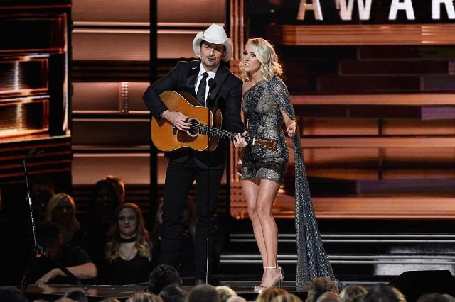 country-music-association-cma-awards-media-guidelines-apology-las-vegas-guns-1509729511