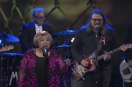 Watch Mavis Staples Perform &#8220;Build a Bridge&#8221; With Jeff Tweedy on <i>Colbert</i>