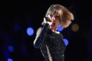 Taylor Swift&#8217;s <em>Reputation</em> Sells 1.2M in First Week