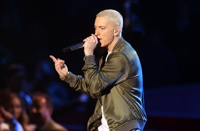 Everything we know about eminems new album revival spin 2014 mtv movie awards show stopboris Image collections