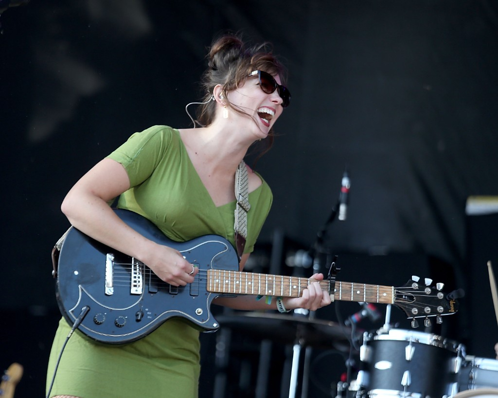 Angel Olsen Announces New 2018 Tour Dates Spin
