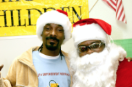 "Snoop Dogg & Boyz II Men – ""Santa Claus Goes Straight to the Ghetto 2017″"