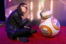 Thom Yorke meets BB-8