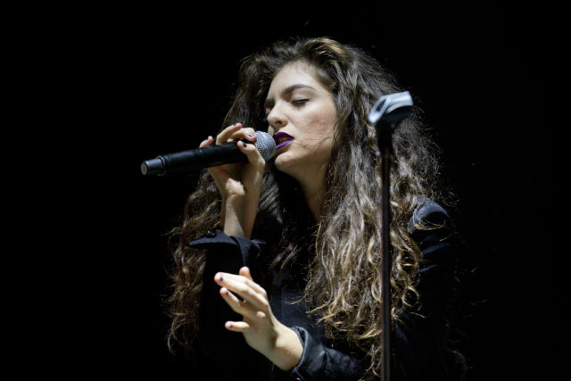 Lorde use somebody