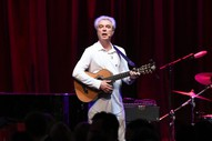 """David Byrne – """"This Is That"""" ft. Oneohtrix Point Never"""