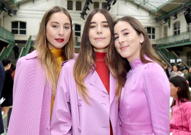 Valentino: Front Row - Paris Fashion Week Womenswear Spring/Summer 2018