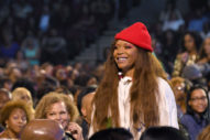 Did Dallas Cops Really Pull Erykah Badu Over Just Because They Were Fans?