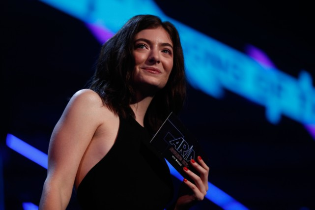Actors, musicians and celebs sign up to back Lorde's boycott of Israel