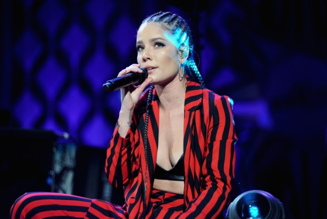 Celebrities Praise Halsey's Moving Women's March 2018 Speech
