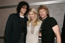Howard-Stern-and-Jon-Bon-Jovi-1516203398-640x452-1516205583
