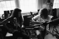 "Kevin Morby & Waxahatchee – ""Farewell Transmission"" and ""The Dark Don't Hide It"" (Jason Molina Covers)"