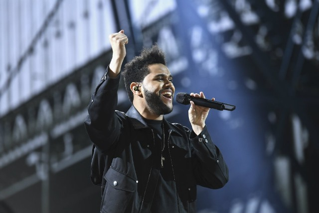 The Weeknd ends partnership with H & M over offensive photo