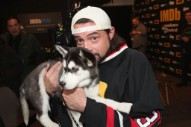"""Kevin Smith Suffers """"Massive"""" Heart Attack After Filming Comedy Special"""