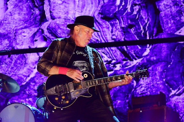 Neil Young announces new music for soundtrack to 'Paradox'