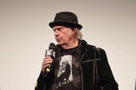 Neil Young Is Writing a Sci-Fi Novel